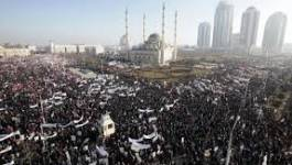 Tchétchénie : une immense marche à Grozny contre Charlie Hebdo