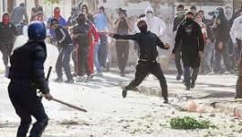 Manifestations à Mostaganem, la daïra assiégée