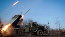 Washington accuse la Russie de continuer à déployer des armes lourdes en Ukraine