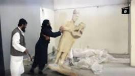 Irak: des jihadistes de l'EI détruisent des sculptures pré-islamiques