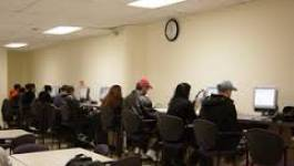 Les cybercafés, partenaires officiels de l'éducation nationale