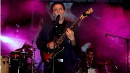 Sidi-Bémol, un Cheikh tonitruant, du gourbi-rock énergisant !