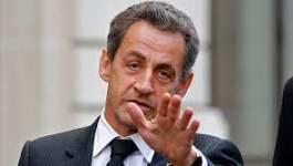 """Nicolas Sarkozy (France) : François Hollande est un """"poids mort"""""""
