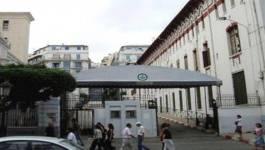 Université d'Alger: une jupe trop courte pour des neurones trop c…. !