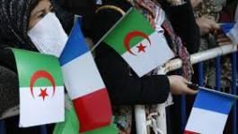 Visite de Hollande à Alger : l'Accord franco-algérien doit être modifié