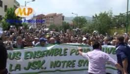 """""""Footbalisons"""" la politique en Algérie !"""