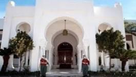 Abdelaziz Bouteflika a procédé à un changement dans le corps des walis