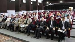 """Batna a accueilli le 7e colloque international sur """"l'université et la société civile"""""""
