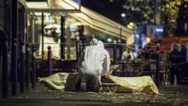 """Abdelaziz Bouteflika qualifie de """"crime contre l'humanité"""" les attentats kamikazes de Paris"""