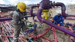 Le pétrole s'envole d'environ 9% à New York à la faveur d'une vague de froid