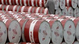 Le pétrole baisse de 7% à 26,55 dollars le baril à New York