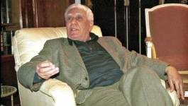 """Ce que m'a dit Chadli : """"Bouteflika... s'est mis au garde-à-vous devant moi"""" (IV)"""