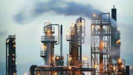 Les revenus pétroliers de l'Algérie ont baissé de 70% en deux ans