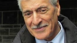 Ferhat Mehenni appelle à cesser le lynchage d'Aït Menguellet et Idir