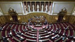 Acquis à la droite, le Sénat français va durcir la loi Travail