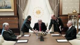 Turquie : Deux importants généraux turcs démissionnent