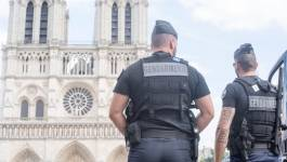 Une voiture remplie de bonbonnes de gaz découverte à Paris