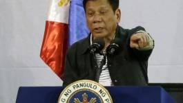 """Le président philippin assure regretter d'avoir traité Obama de """"fils de pute"""""""