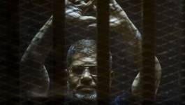 Egypte : la peine de mort contre Morsi annulée, 40 000 détenus d'opinion