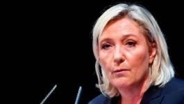 Marine Le Pen (FN) doit rembourser 296 497,87 euros avant minuit