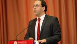Limogeage de deux ministres vivement contestés en Tunisie