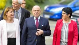 Bernard Cazeneuve démissionne, à gauche c'est le big-bang politique