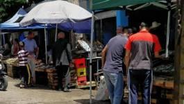 Au marché de Tiaret, le poisson est vendu sous le soleil !