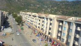 """RN 9 fermée à Souk El Tenine (Bejaia) : """"On demande le départ des prostituées"""""""