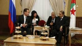 Bouteflika a finalement reçu Dmitri Medvedev