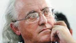 A la librairie du Tiers-Monde : Benchicou dédicace son livre malgré les menaces
