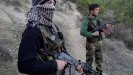 Observateurs en Syrie jeudi, combats sanglants entre déserteurs et soldats