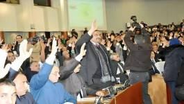 """Adoption de la Constitution : Bouteflika ou le """"Bal des vampires"""""""