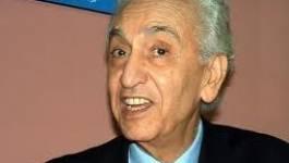 Hocine Aït Ahmed brocarde le rapprochement économique avec la France