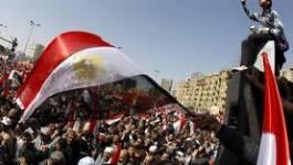 Egypte : un an après, islamistes et militaires, même objectif