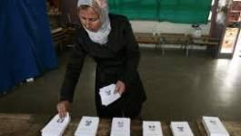Retrait des dossiers de candidature à Oran