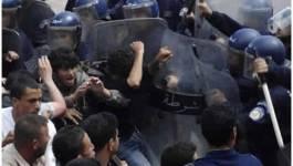 La police charge les étudiants à Alger