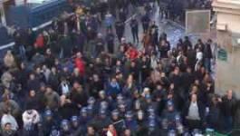 Marche du RCD : Bouteflika sort l'artillerie lourde ; plusieurs blessés; plusieurs arrestations; des hélicoptères survolent la capitale