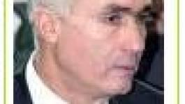 """Révision de la Constitution : Boukerzaza """"rectifie"""" Belkhadem"""