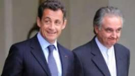 La bombe du rapport Attali : « L'avenir de la France passe par l'émigration »