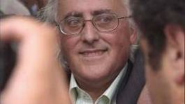 Le nouveau livre de Mohamed Benchicou bloqué à l'imprimerie par la police algérienne