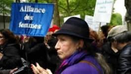 Manifestation contre les violences faites aux Algériennes