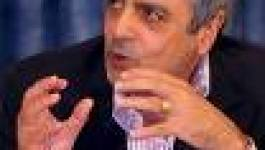 Nicolas Sarkozy  impose Enrico Macias aux Algériens
