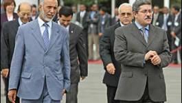 Ouyahia invite Bouteflika à sortir du bois