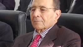 Algérie : Les élus soumis à une autorisation de sortie