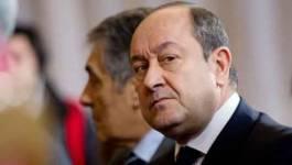 """France : la DCRI une """"police politique au service de l'Elysée"""", selon un livre"""