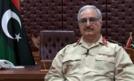 Libye : les brigades islamistes de Benghazi affrontent Khalifa Haftar dans la région pétrolière