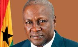 Alternance réussie au Ghana : le président sortant reconnaît sa défaite