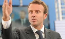Le candidat à la présidentielle Emmanuel Macron se rendra à Alger lundi
