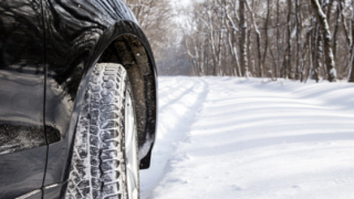 L'hiver arrive, les changements de pneu également