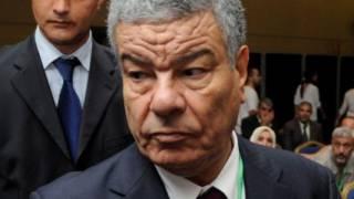 Le fils d'Amar Saadani agresse violemment Rachid Nekkaz à Paris (Vidéo)